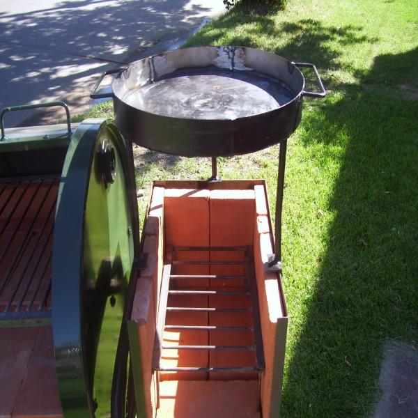 Asadores de carne asadores y parrillas en jardn y share for Asadores para jardin