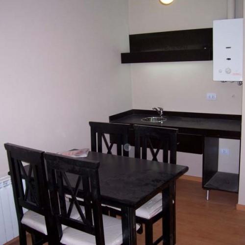 Diseno respaldar cama mesas de luz placard futones - Mesas y sillas de diseno ...
