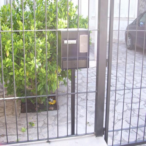 Rejas frente con buzon seguridad portal de compras de - Rejas para jardin ...
