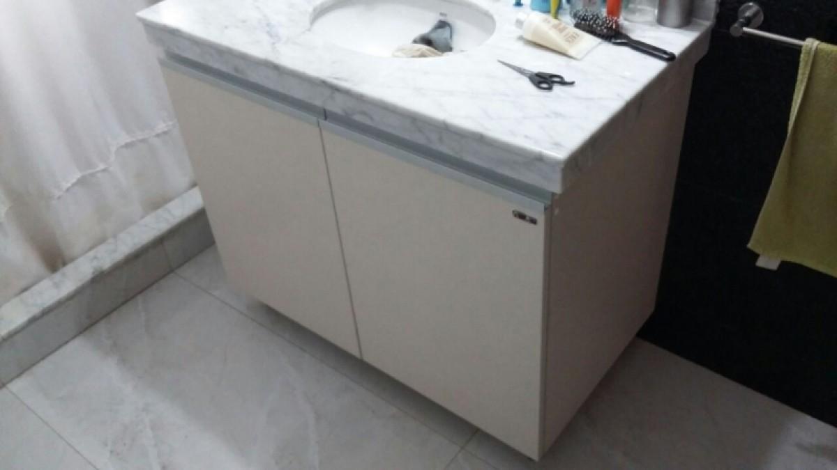 Vanitorio en color lino chiaro amoblarte fabrica de for Fabrica muebles uruguay