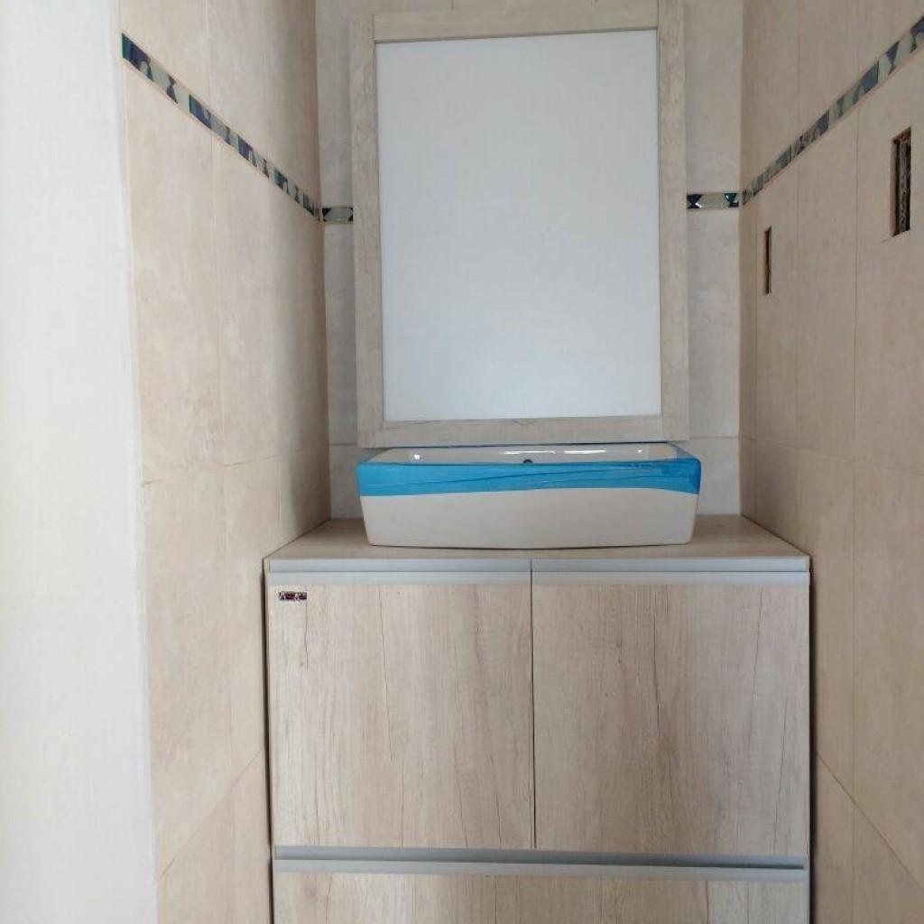 Bano amoblarte fabrica de muebles uruguay 1401 venado for Muebles de dormitorio uruguay