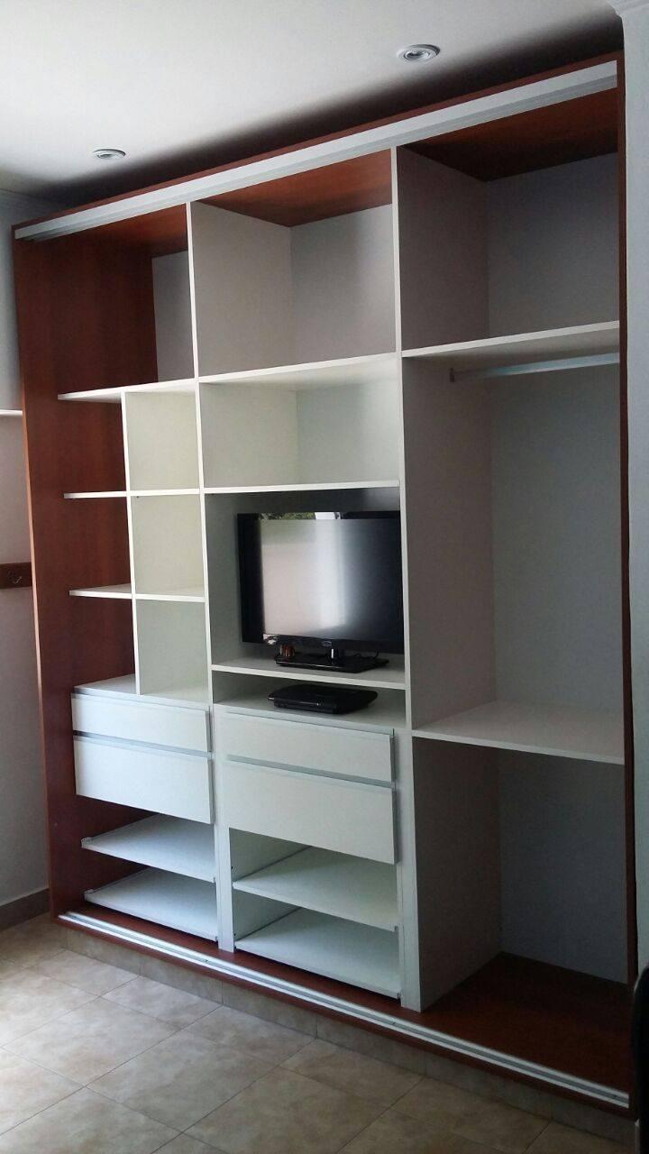 Placard puertas corredizas amoblarte fabrica de muebles for Fabrica muebles uruguay