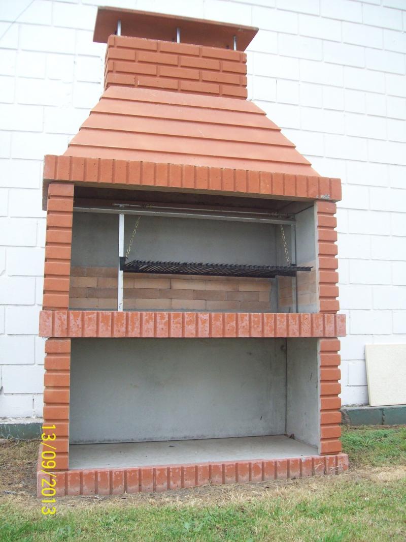 Asadores hogar muebles y jardin jardines y exteriores for Fotos de piletas de material